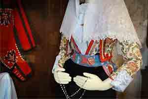 Museo-del-costume-e-della-tradizione-del-lino-Busachi-thumb